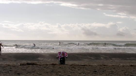 2011/09/18 8:10 静波海岸堤防横