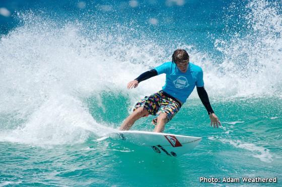 Mt Woodgee Surfboards ライダー Tim Macdonald