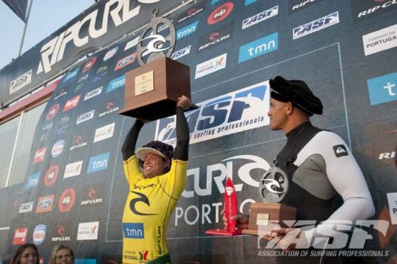 Adriano de Souza (BRA)   WIN Rip Curl Pro PORTUGAL 2011  © ASP/ Cestari