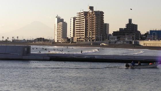 2013/12/16 15:44 東浜海水浴場(湘南)