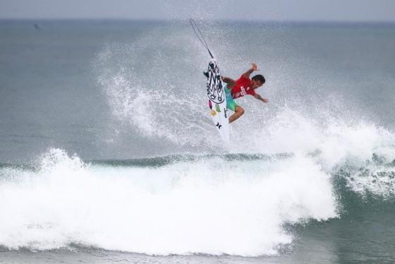 Filipe Toledo Hawaiian Pro 2015